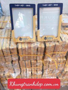 Sản phẩm khung bằng khen gỗ thịt của A Xuka